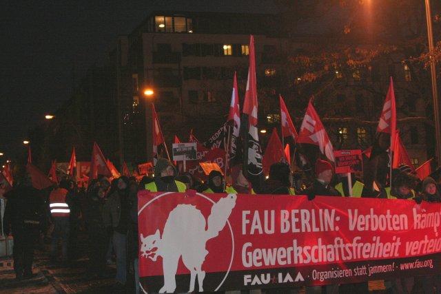 verboten-kaempferisch-demo_fau_berlin_2009.jpg