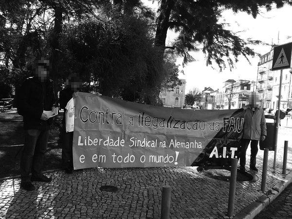 Lissabon, 14. Februar: Die portugiesische AIT-SP protestierte in der Innenstadt gegen das de facto-Gewerkschaftsverbot.