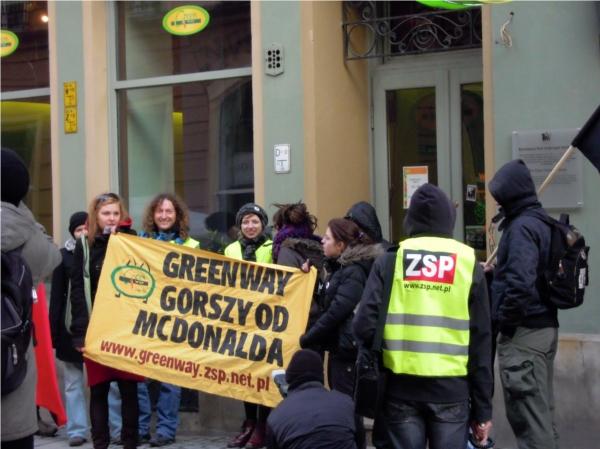 Protest vor der Green Way-Filiale in Wroclaw. Quelle: ZSP
