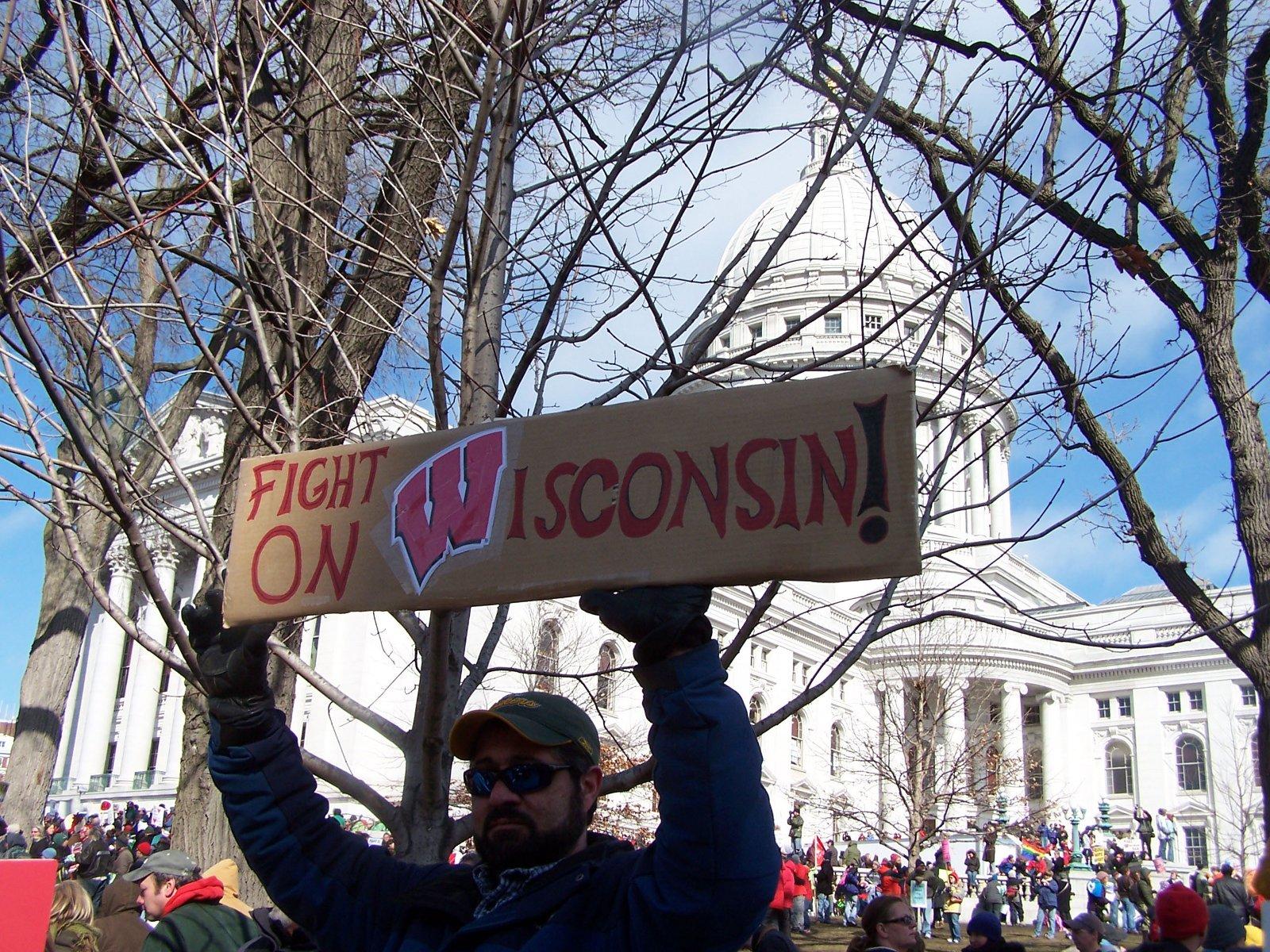 """Nach der Enttäuschung über Obama lösen neue Slogans dessen """"Yes, we can!"""" ab ((c) Diane Krauthamer)"""