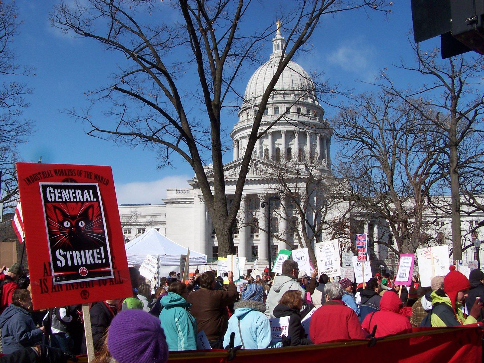 Generalstreik! – Forderung der IWW u.a. ((c) Diane Krauthamer)