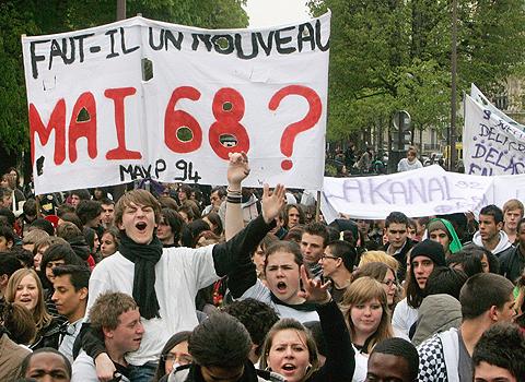 """""""Braucht es einen neuen Mai 68?"""" Eine Frage, mit der sich jede neue Bewegungswelle in Frankreich seit Jahrzehnten beschäftigt."""