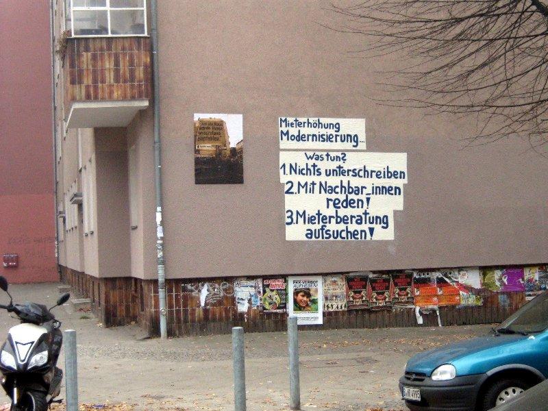 Weithin gut sichtbare Informationen für MieterInnen (Quelle: nk44.blogsport.de)