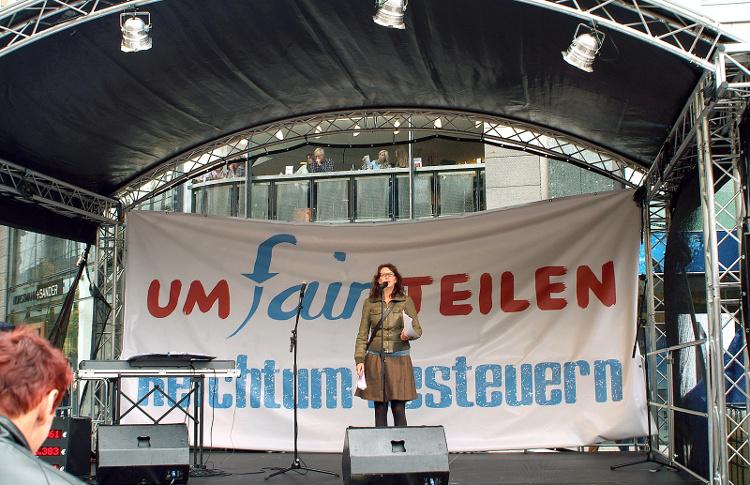 UmFAIRteilen Aktionstag in Hannover 2012 (Bernd Schwabe (CC BY-SA 3.0))