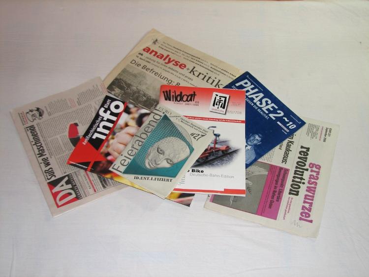 Zeitungsstrauß (Urheber: CH)