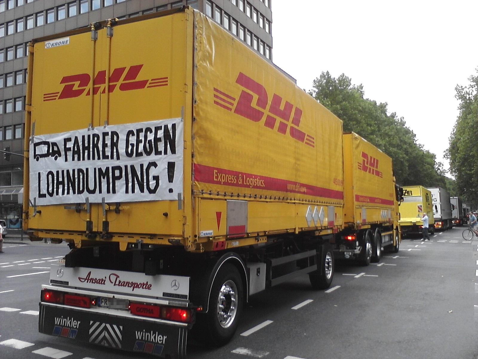 Protestfahrt durch die Kölner Innenstadt