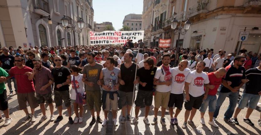 Protest auf den Straßen Tarantos