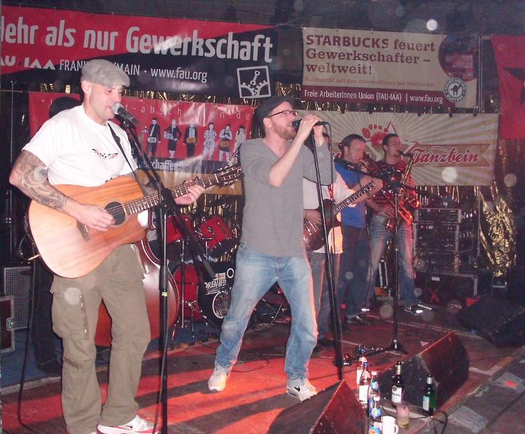 33 Jahre FAU Frankfurt mit Revolte Tanzbein