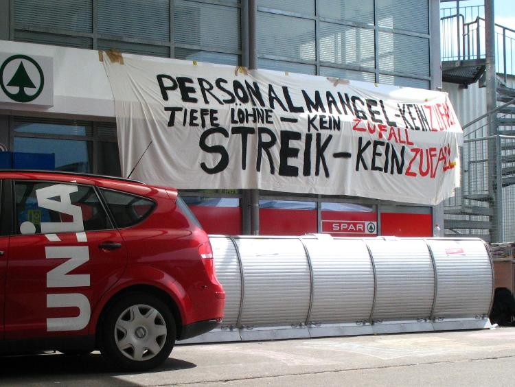 Während dem Streik bei SPAR in Baden-Dättwil