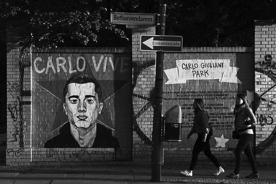 Carlo_Giuliani_Park-_Kreuzberg-_Berlin_-5691206442.jpg