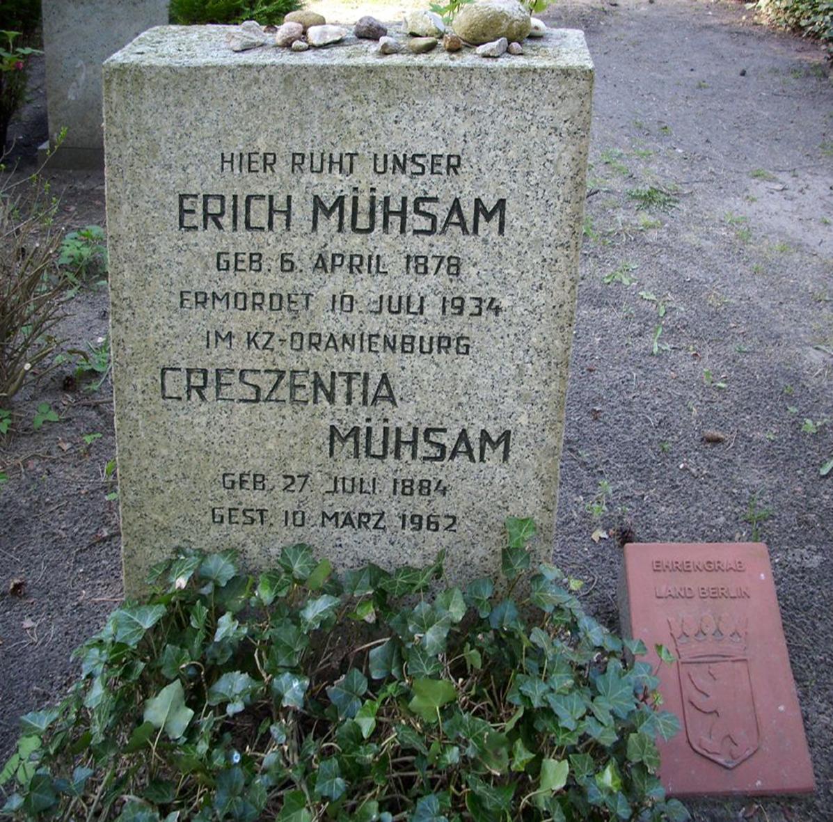 88a-waldfriedhof_dahlem_80y.jpg