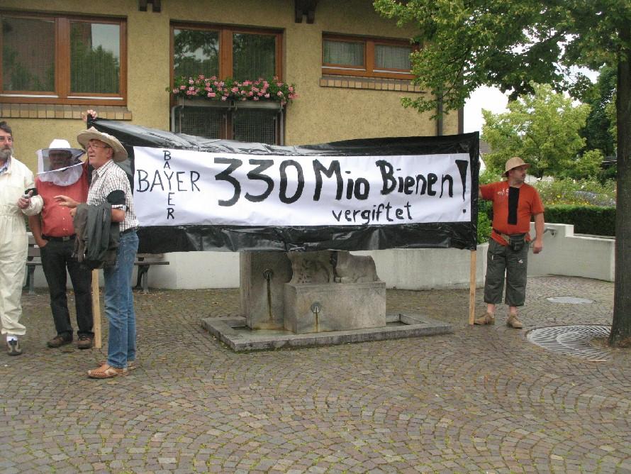 Protest gegen Bienensterben