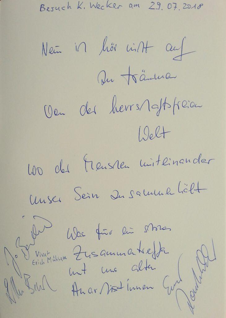 Konstantin Wecker im Gästebuch eingetragen