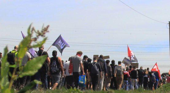 Bornheim 18.05.20: Demo von den Unterkünften zum Auszahlungsbüro (Foto: FAU Bonn)
